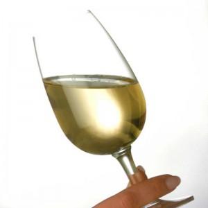 imagen del color de un vino blanco